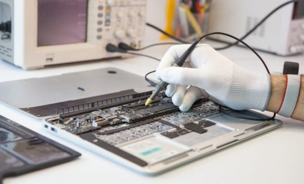 Качественный и профессиональный ремонт MacBook в Киеве